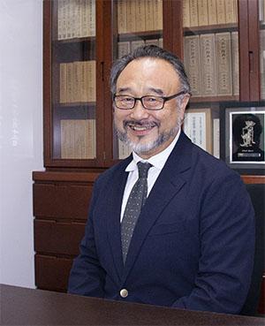 学校図書株式会社 代表取締役社長 芹澤克明